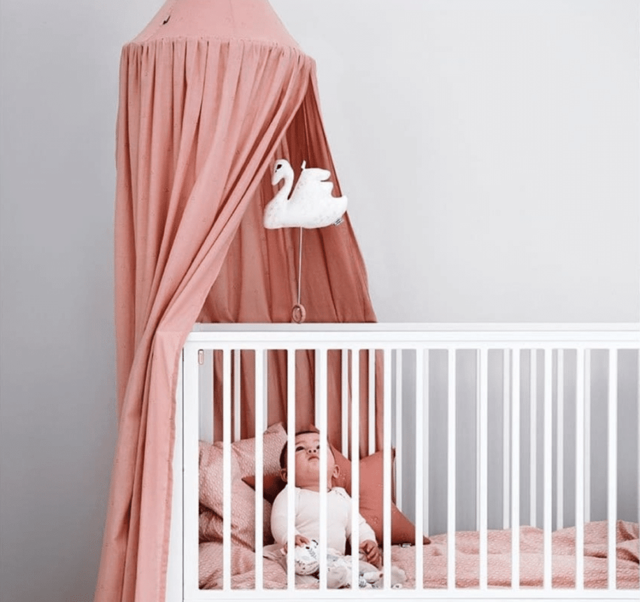 Балдахин на детскую кроватку — обзор лучших вариантов и новинок дизайна (80 фото)